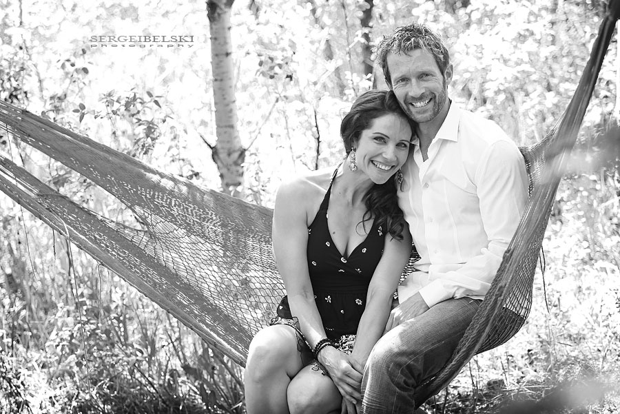 calgary wedding  photographer engagement photo
