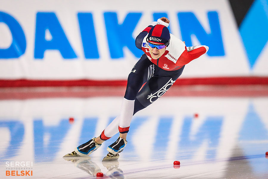 speed skating calgary sports photographer sergei belski photo